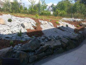 Grauwacke Trockenmauer
